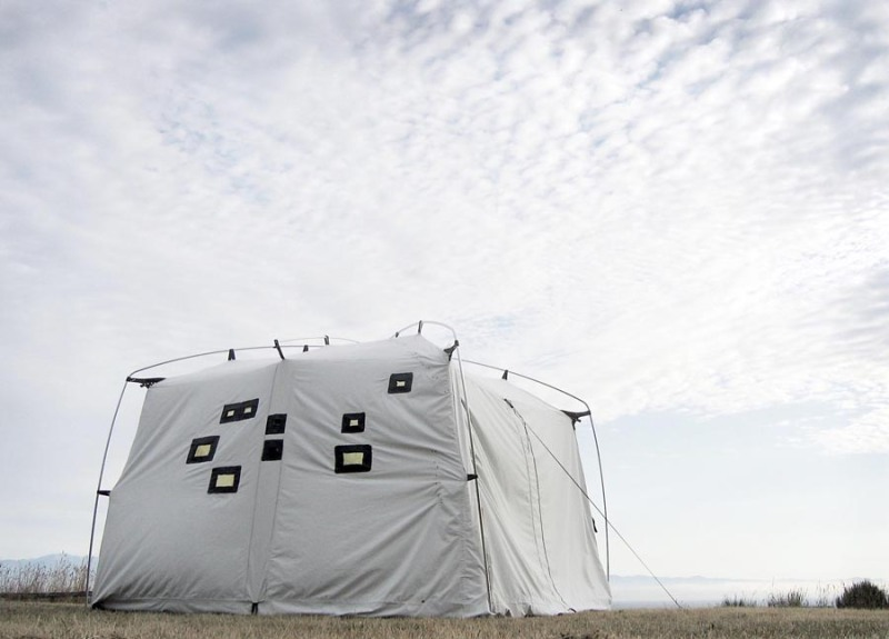 Photograph of a portable camera obscura tent by Trudi Lynn Smith